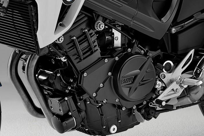 A BMW F 800 R kéthengerese megfelelő hangolással ideális megoldás lehetne
