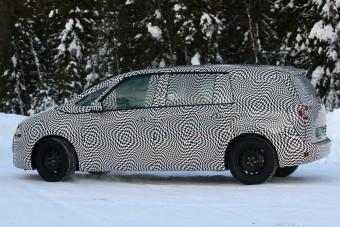 Kémfotókon a Citroën új egyterűje