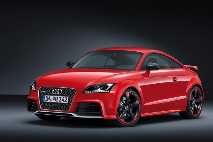 Audi TT RS Plus: több lóerő, áthangolt futómű, pimasz optikai kiegészítők