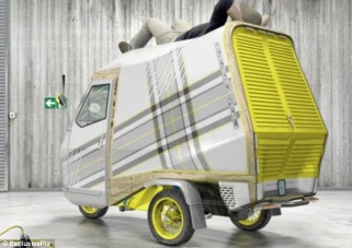 Mini furgon ággyal és konyhával