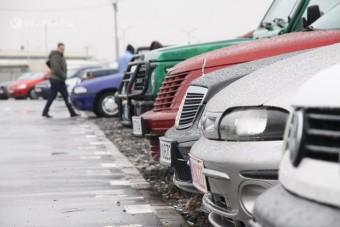 Viszik a külföldiek a magyar használt autót
