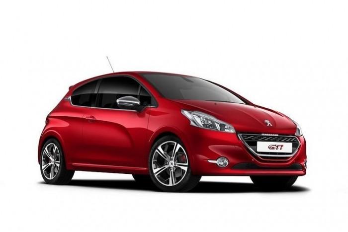 Bizarr ötlet egy olajipari vállalattal összefogni egy ultraspórolós tanulmány megépítéséhez, a Peugeot mégis régi partnerével, a Totallal állt össze a projekthez. A Genfben bemutatkozó tanulmány még javában készül, a 208 HYbrid FE (fun and efficient, azaz élvezetes és gazdaságos) koncepció megteremtéséhez komoly aerodinamikai fejlesztésekre, tömegcsökkentésre és hajtáslánc-optimalizációra lesz szükség.