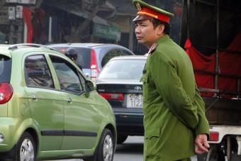 Csak tökéletes rendőr dolgozhat utcán