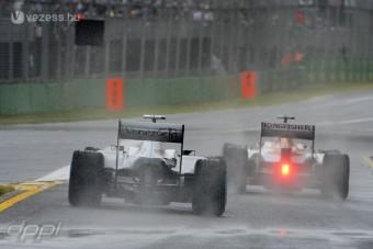 F1: Elektronikai káosz Melbourne-ben
