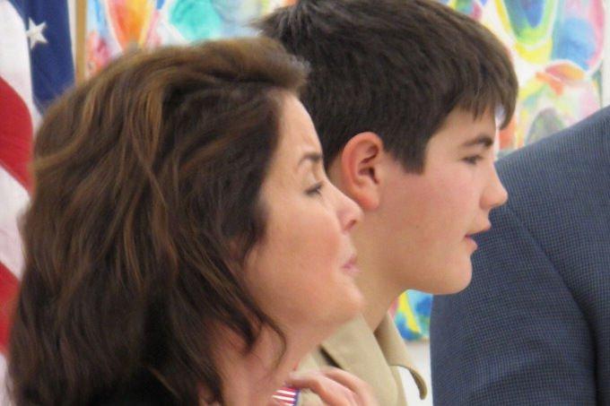 Anya és életmentő fia