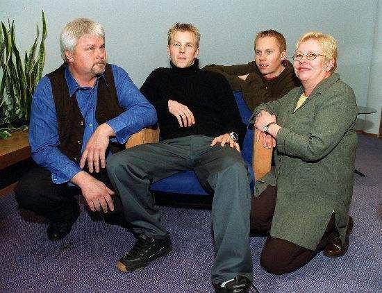Räikkönenék: Matti († 2010), Kimi, Rami és Paula