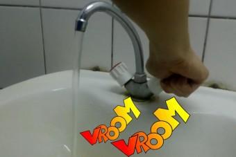 Forma-1 a mosdókagylóban