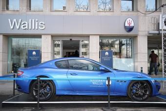 Új luxusautó-szalon Újpesten