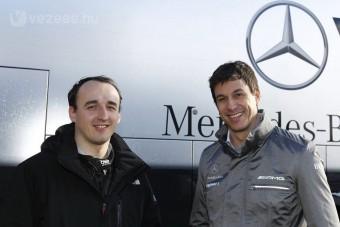 F1: Kubica tényleg a Mercedesnél gyakorol