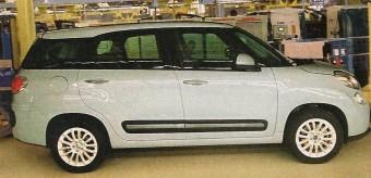 Itt a duplán nagy Fiat 500!