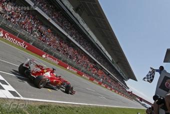 F1: A Ferrari is kiakadt a gumikon