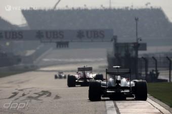 F1: Gatyába rázzák a versenyirányítást
