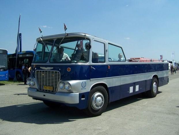 A városnéző busszal sok hazai rendezvényen lehet találkozni