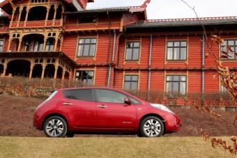 Nissan Leaf grillázsból Magyarországon