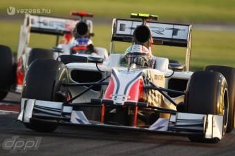 F1: Veteránsorozatba kerülnek a HRT autói