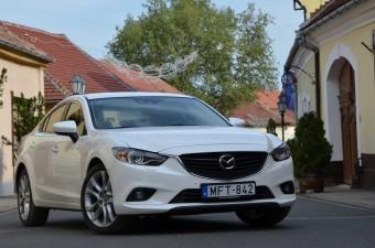Mazda6 2.5i - Turbómentes övezet