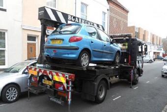 Hatmillió forint parkolási bírság egy Peugeot-nak