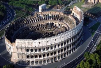 Kitiltják az autókat Róma központjából