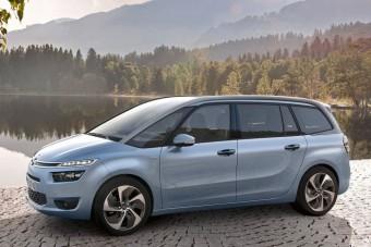 Itt a Citroën hétszemélyes egyterűje