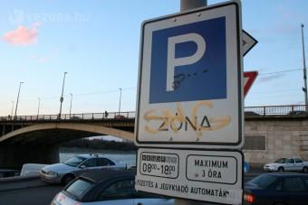Változnak a parkolási szabályok Budapesten