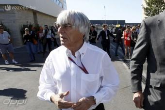 Hivatalosan vádat emeltek az F1 ura ellen
