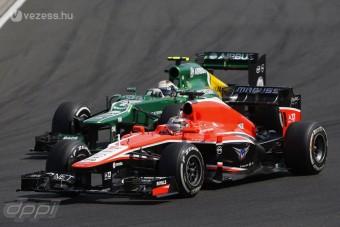 F1: Mindkét pilótáját megtartaná a Marussia