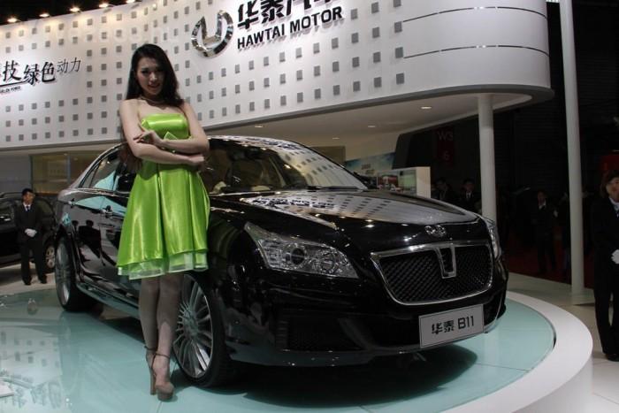 Ez a limuzin a Hawtai B11. Kombikra nincs igény Kínában