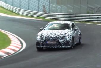 Videón a Lexus V8-as sportkupéja