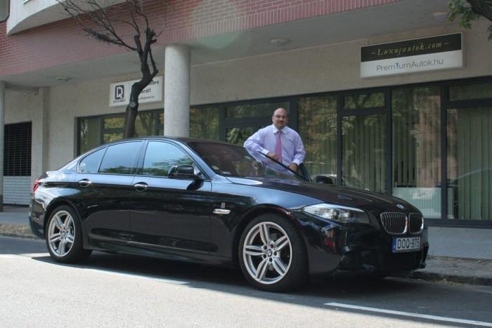 Hortobágyi maga is rajong a BMW-kért. Természetesen a saját kocsija is kintről van