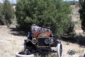 Halálos baleset egy 1915-ös Forddal