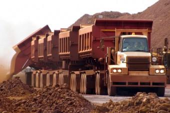 Elképesztően hosszú kamionszerelvények