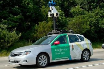 Kémnek nézték a Google-autó vezetőjét