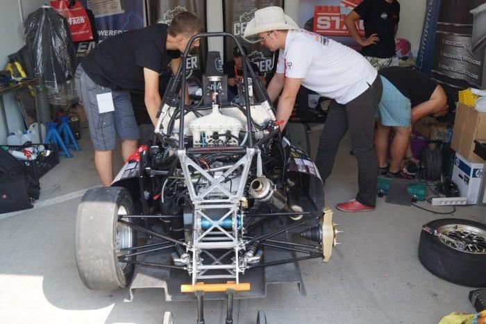 Versenyistállók is gyakran válogatnak a Formula Student versenyzőiből: nem kell őket sokat tanítani bevetés előtt