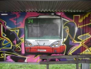 Művészi buszos graffiti