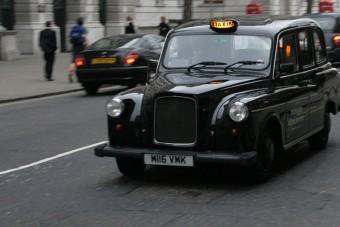 Lefejelte a taxist a bedrogozott bróker