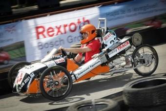 Levegőhajtású autók versenyeznek a Városligetben