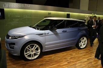 Rettentő gázos Range Rover