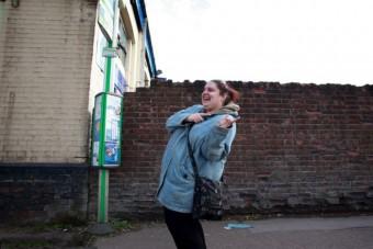 A buszmegállótól a színpadig