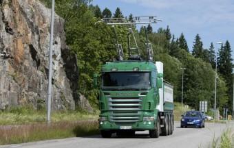 Áramszedős kamiont tesztelnek