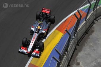 F1: New Jersey-be viszik Valencia felszerelését