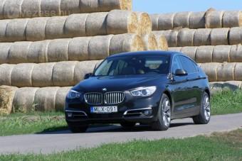 A BMW, amely ronda, de finom