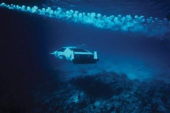 James Bond autóját víz alá küldi a Vasember