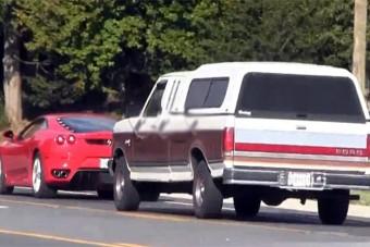 Feltartja a forgalmat a Ferrari