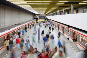 Elindult a vágy metrókocsija