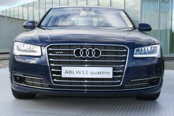 140 ezer eurós autó. 270-es tempó. Fölösleges?