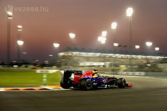 F1: Esés-kelés, Vettel az élen