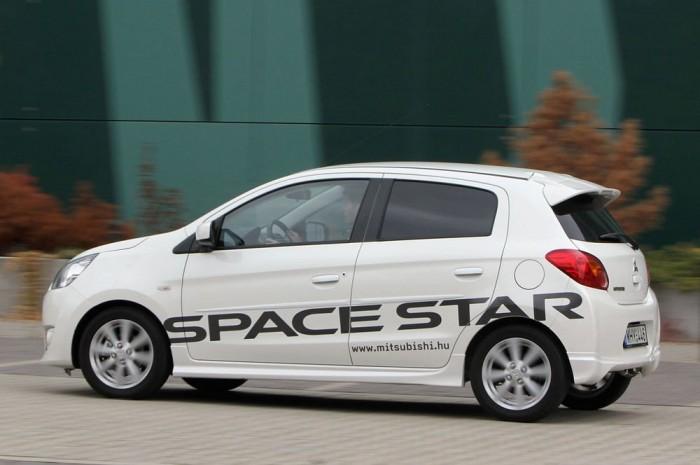 Élénk a Space Star, viszont futóműve nem ad kellő stabilitást, főleg gyors manőverek, vészhelyzet esetén