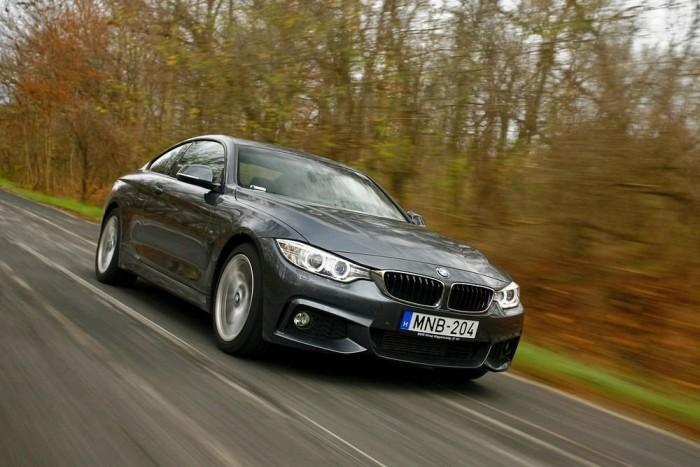 A 4-es BMW tulajdonképpen egy 3-as kupé, de laposságát, szélességét, különlegességét elnézve érthető, hogy külön típusjelzést kapott
