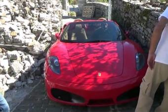 Szorult helyzetben a Ferrari