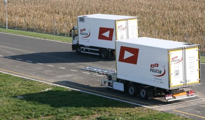 Kissé bizarr: egy teherautónak akár két vége is lehet